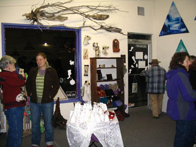 Patrons browse the art and gift selection at Silver Willow at last year's Willow Creek Art Walk. / TRT File Photo.