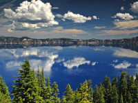 Crater Lake National Park in Oregon./Photo courtesy of wikimedia commons